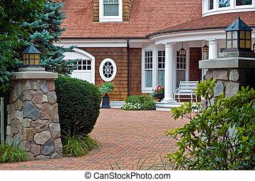 Real Estate - Elegant entrance to a summer estate.