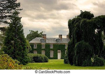real estate - big beautiful house
