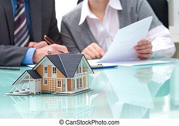 reale, discussione, agente, proprietà