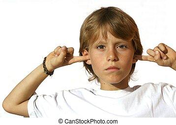 rebelde, criança, dedos orelhas