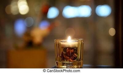 rebord fenêtre, café, vitrine, articles, restaurant, décorations vacances, magasin, soir, fond, café, fenêtre, rue