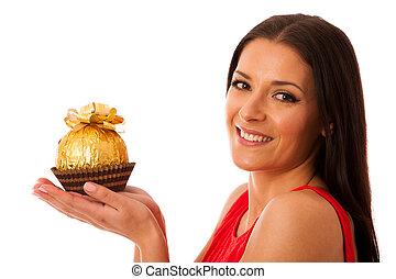 recebido, mulher, grande, gift., doce, chocolate, segurando, feliz