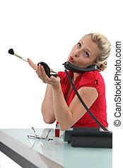 receptionist, con, blusher