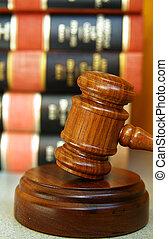rechters, gavel, met, een, stapel, van, wet boeekt