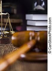 rechters, houten gavel