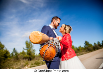 recién casado, pareja, asimiento, béisbol batea, mientras,...