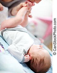 recién nacido, cambiar, bebé, pañal, madre
