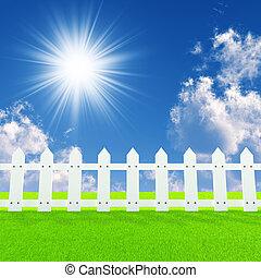 recinto bianco, su, uno, estate, prato, in, uno, sole,...