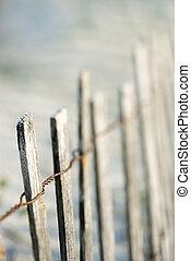 recinto legno, su, spiaggia.