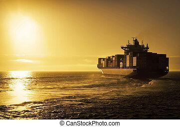 recipiente carga, navio, em, pôr do sol