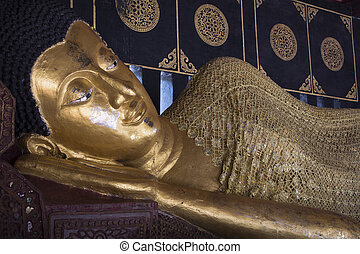 Reclining Buddha statue in the temple