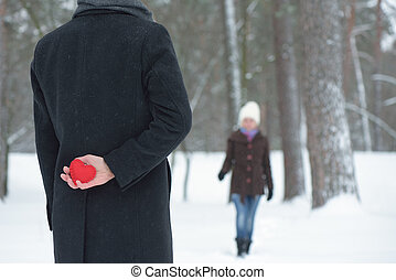 Recognition of a girl in love - Meet guy and girl in winter...