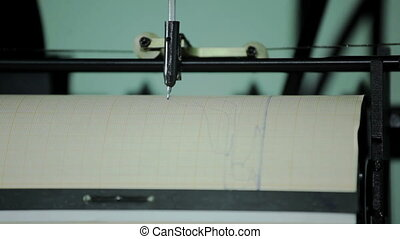 Record chart tensile the testing machine - Record chart...
