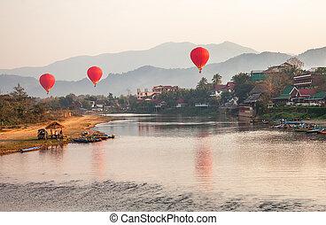 recreation., בלונים של אוויר חמים, לטוס מעל, ה, נחל, נ.א.מ., שיר, ב, sunrise., vang, vieng, laos.