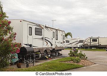 recreational jármű, -ban, egy, táborhely