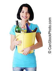 recycling, aantrekkelijk, idea., vrouw, flessen