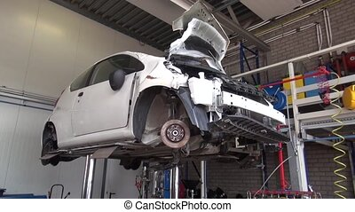 Recycling and disassembly of the car. Garage disposal...