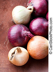 Red and yellow onions