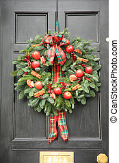 Red apple and chillies wreath