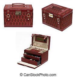 Red box jewelery 3 view