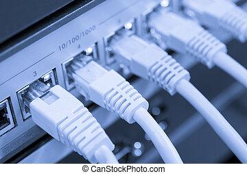 red, cables, conectado, a, interruptor