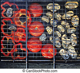 Red grilled pepper, tomato and mushrooms