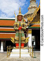 Guardian statue in Wat Phra Kaew