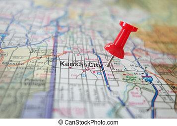 Red locator pin in a Kansas City Missouri map