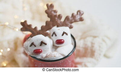 Red mug with hot chocolate with marshmallow reindeer - Red...