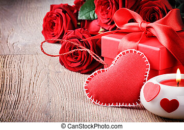 Red roses and Valentin's gift - Red roses and gift box in St...