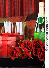 Red roses and Wine - Beautiful long stem red roses with...
