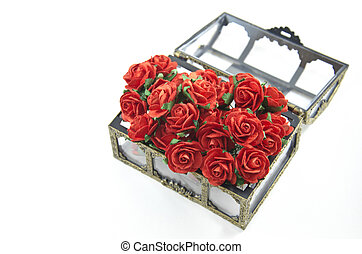 Red roses in box isolated - Red roses in a bunch in opening...