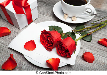 red roses, present and coffee