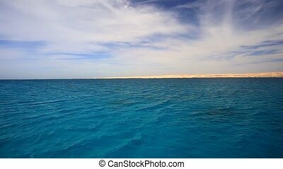 Red sea, move the camera from left to right
