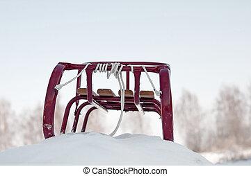 red sledge
