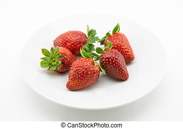 strawberries freshly picked - red strawberries freshly...