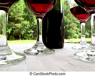 Red wine with 4 glasses