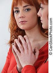 redhead, 看, 镜子