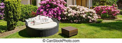 redondo, jardín, sofá