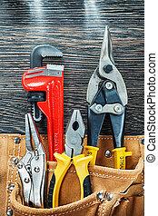 redskaberne, by, reparere, ind, konstruktion, bælte, på, træagtig planke