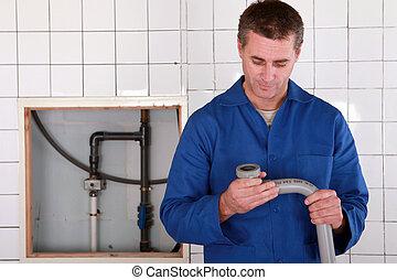 reemplazar, tubo, trabajador calificado, defectuoso