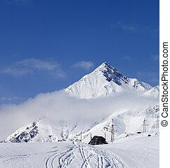 refúgio esqui, em, cáucaso, montanhas
