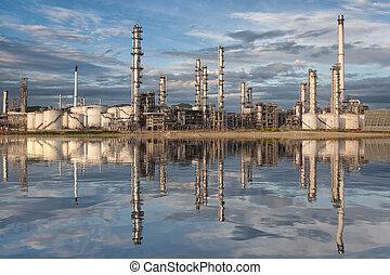 refinería, aceite, reflexión, fábrica