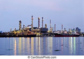 refinería de petróleo, planta industrial