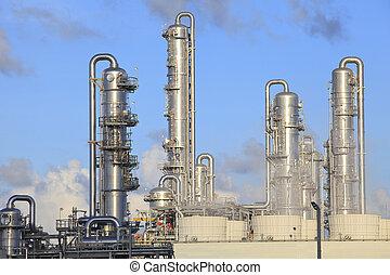 refinery factory plant - refinery factory plant in heavy...