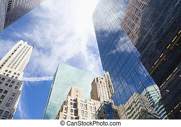reflet, gratte-ciel, nuages