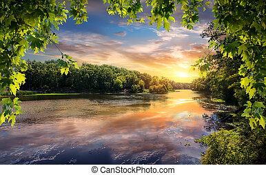 reflexão, de, pôr do sol, em, rio