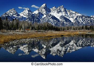 reflexão, de, teton, alcance montanha, em, rio, lago, ou, lagoa, água