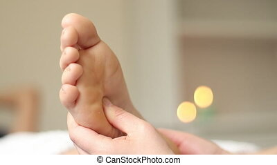 Reflexology foot massage - Feet reflexology massage teatment