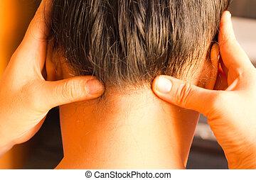 reflexology head massage, spa head treatment,Thailand